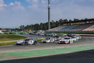 ROLLER/Callaway Corvette C7 GT3-R leads at Hockenheimring 2016