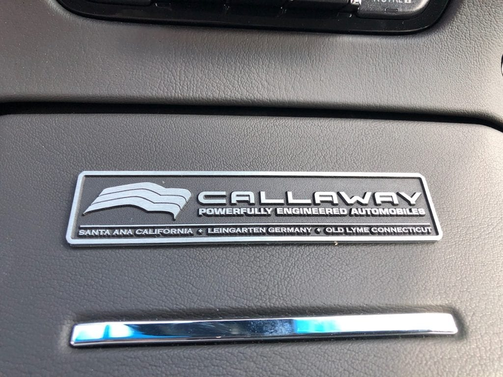 2020 Callaway Suburban SC560 - console plaque