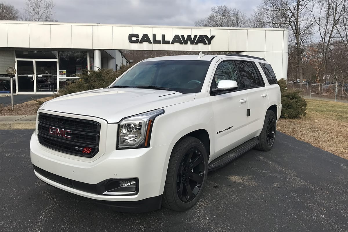2019 Callaway Yukon SC560 - front view