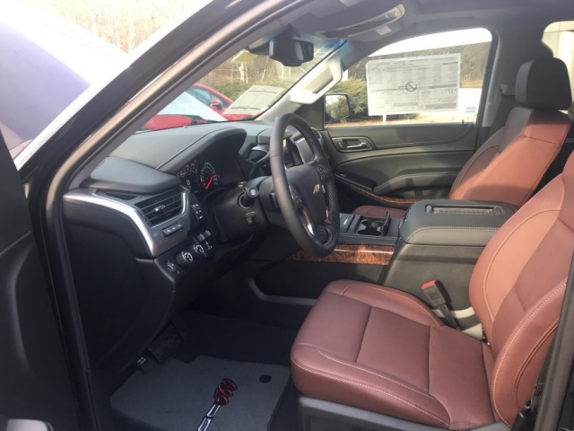 2019 Callaway Tahoe SC560 - interior