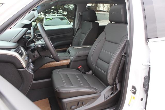 2019 Callaway Yukon Denali SC560 - interior