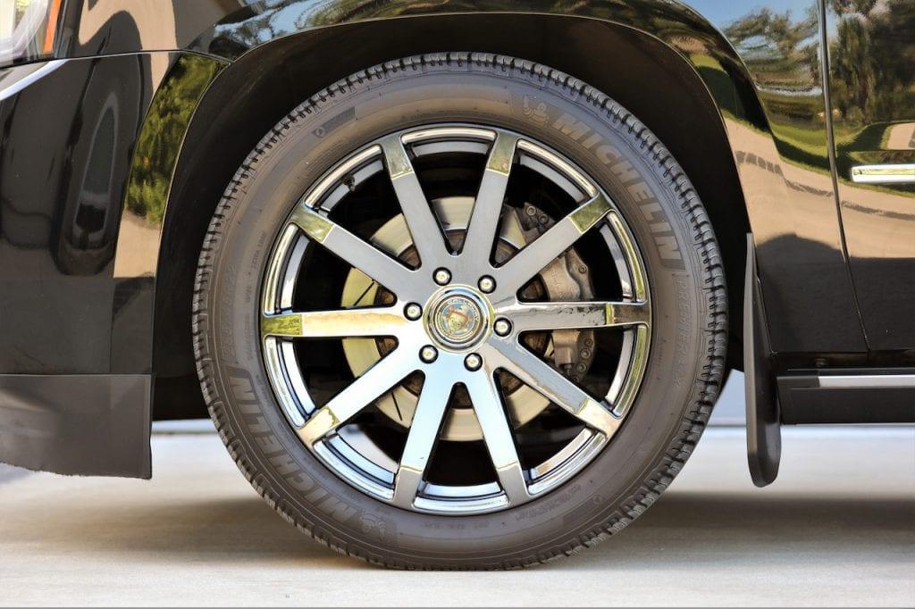 2015 Callaway Yukon XL Denali SC560 - tire/wheel/brakes