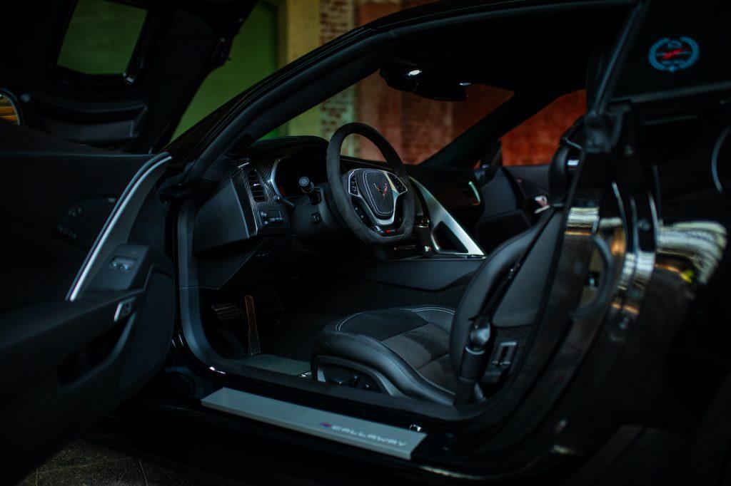 25th Anniversary Edition - interior