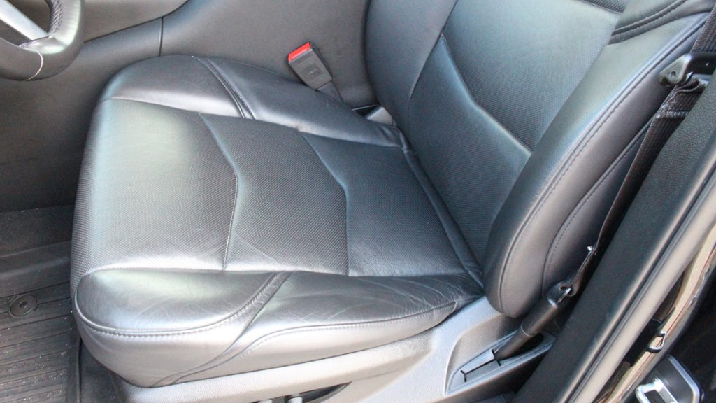 2018 Callaway Escalade SC560 - driver's seat