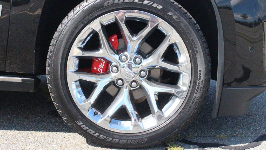 2018 Callaway Escalade SC560 - front wheel