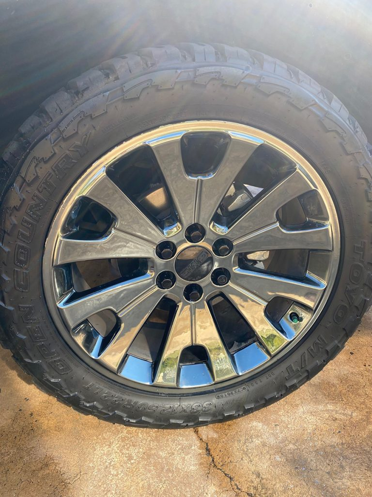 2018 Callaway Yukon XL SC560 - LF Wheel