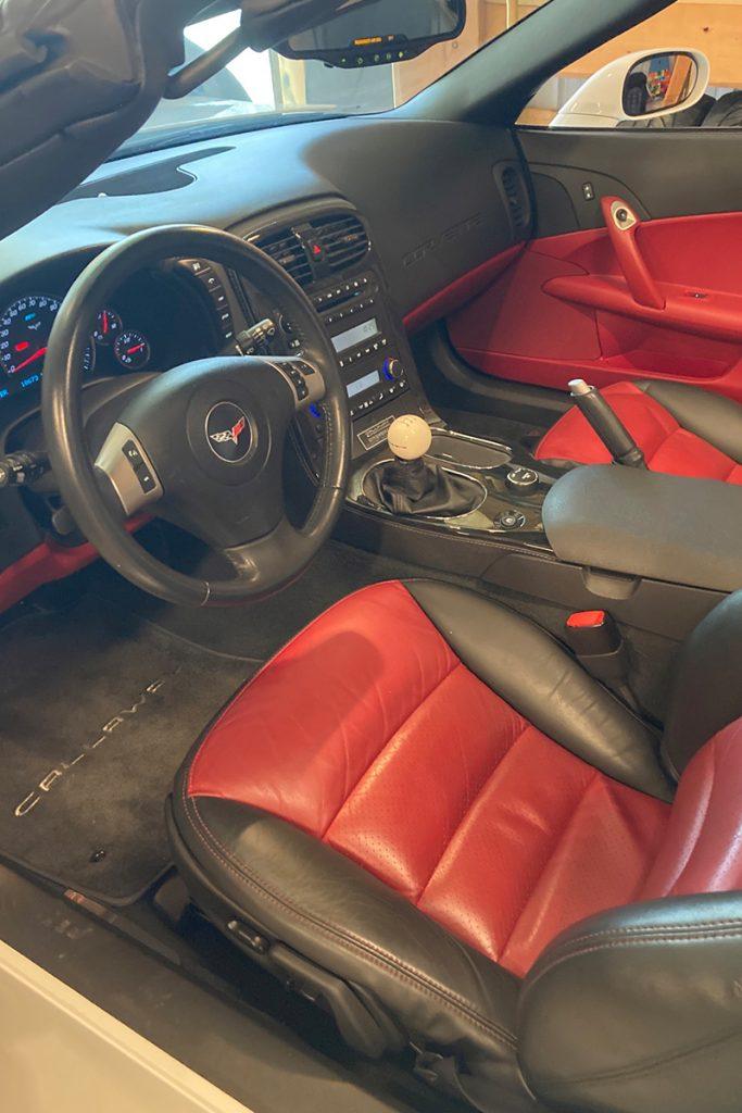 2011 Callaway Corvette SC606 - interior